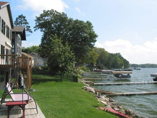 McFarland lake homes